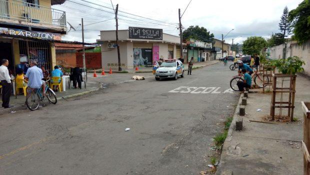 Homem morre após ser atropelado e condutor foge sem prestar socorro, em Goiânia