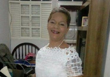 Professora é morta a facadas por ex-namorado adolescente, em Águas Lindas