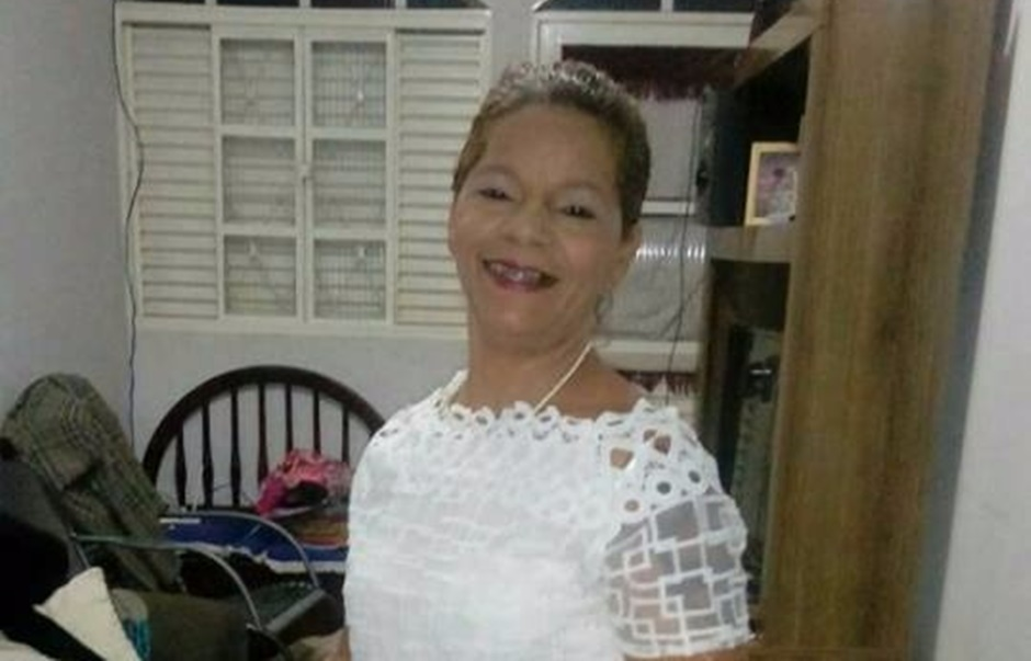 Adolescente matou ex de 48 anos a facadas por vingança, diz delegado