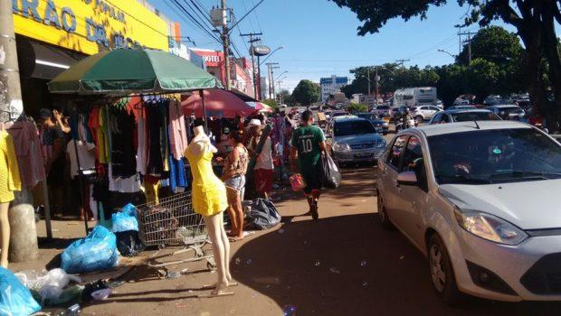 Ambulantes voltam à região da 44 após anúncio do prefeito sobre retirada da Guarda Municipal