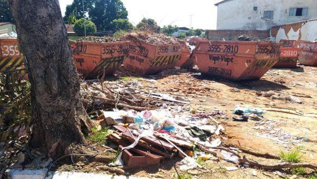Amma apreende 18 caçambas de entulhos durante fiscalização, em Goiânia