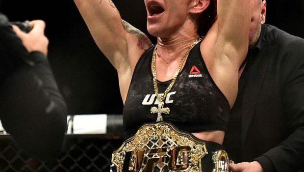Cris Cyborg mantém o cinturão no último UFC do ano