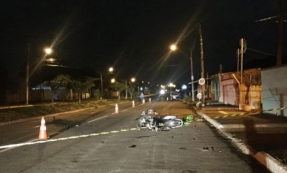 Motociclista morre após ser atingido por carro no Parque Industrial João Braz, em Goiânia