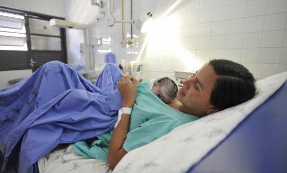 Campanha para reduzir cesarianas desnecessárias entra na 2ª fase em janeiro