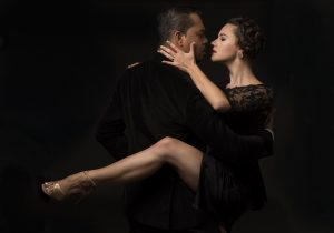 Goiânia recebe aula e apresentação especial de tango