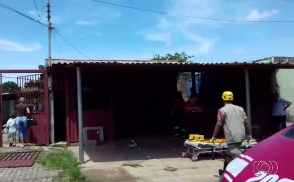 Homem que ateou fogo na própria casa passava por quadro depressivo, diz Polícia