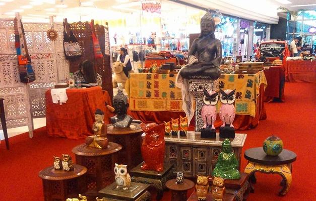 Shopping recebe feira indiana