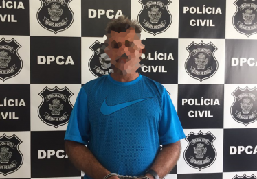 Homem é preso acusado de abusar de dois alunos em Aparecida de Goiânia