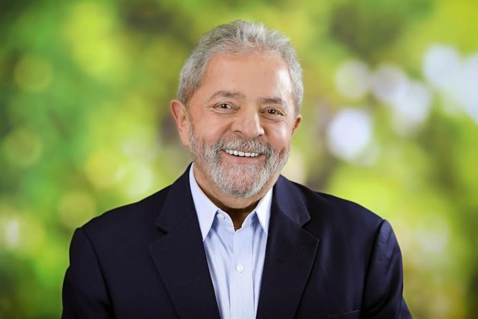 PT se reúne para oficializar candidatura de Lula