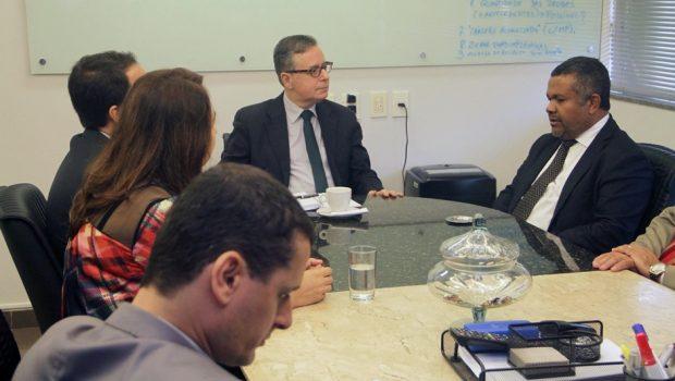 SSPAP e Alego se unem para investigar suspeita de cartel e preços abusivos de combustíveis em Goiás