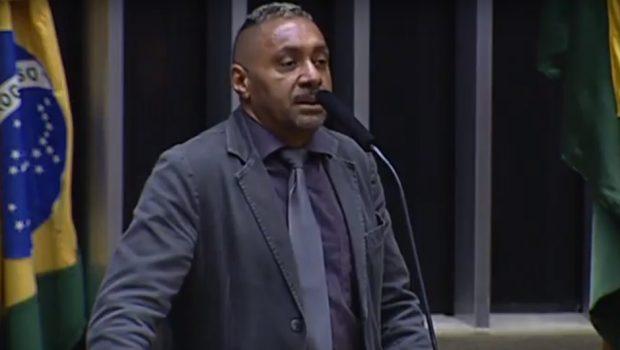 Tiririca diz que não vai disputar as próximas eleições