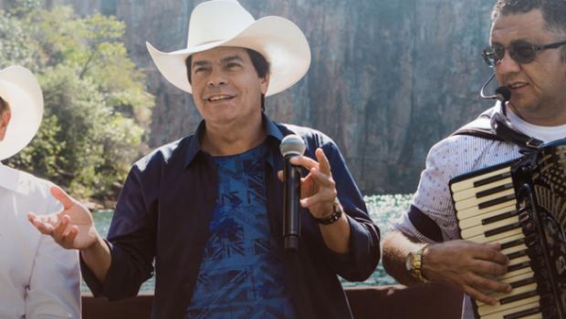 Trio Parada Dura faz show neste sábado em Goiânia