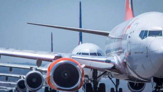 Quase 90% dos voos decolaram no horário previsto nesta manhã