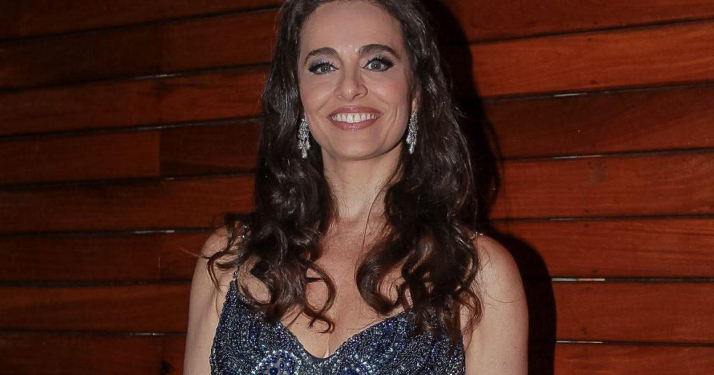 Carla Vilhena deixa a Globo para cuidar de site pessoal