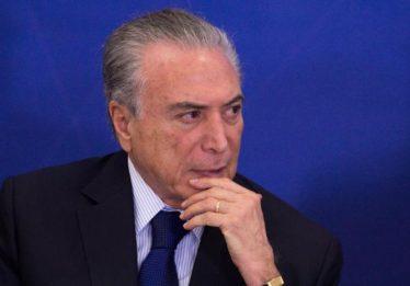 Temer decide afastar vice-presidentes da Caixa por 15 dias