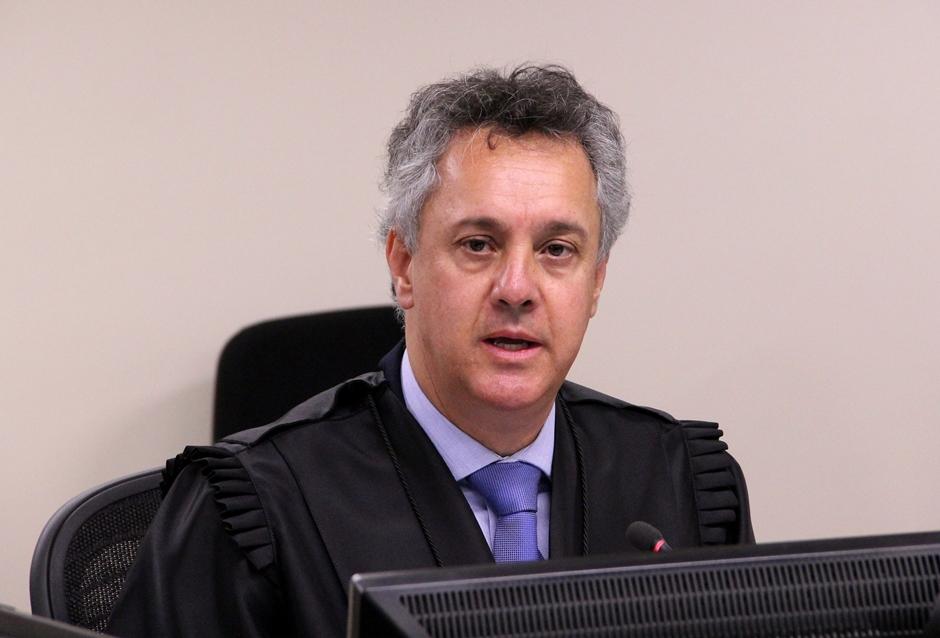 Relator confirma condenação de Lula e indica pena maior de 12 anos e um mês