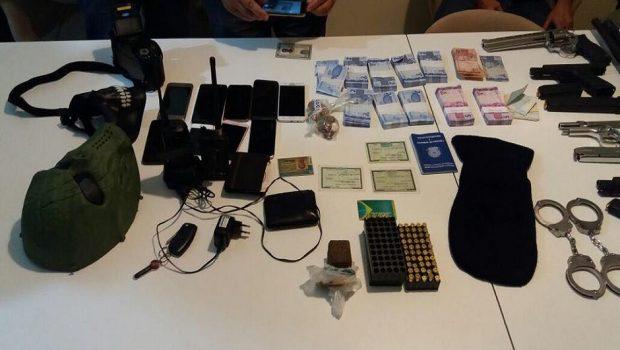 Documento de agente prisional era usado por quadrilha morta em Caldas Novas