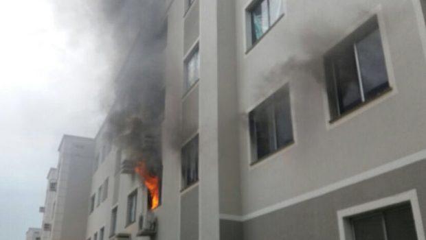 Homem que colocou fogo em apartamento após briga com esposa é preso