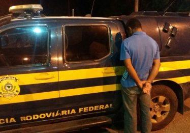 Foragido do semi-aberto é recapturado na BR-153, em Uruaçu