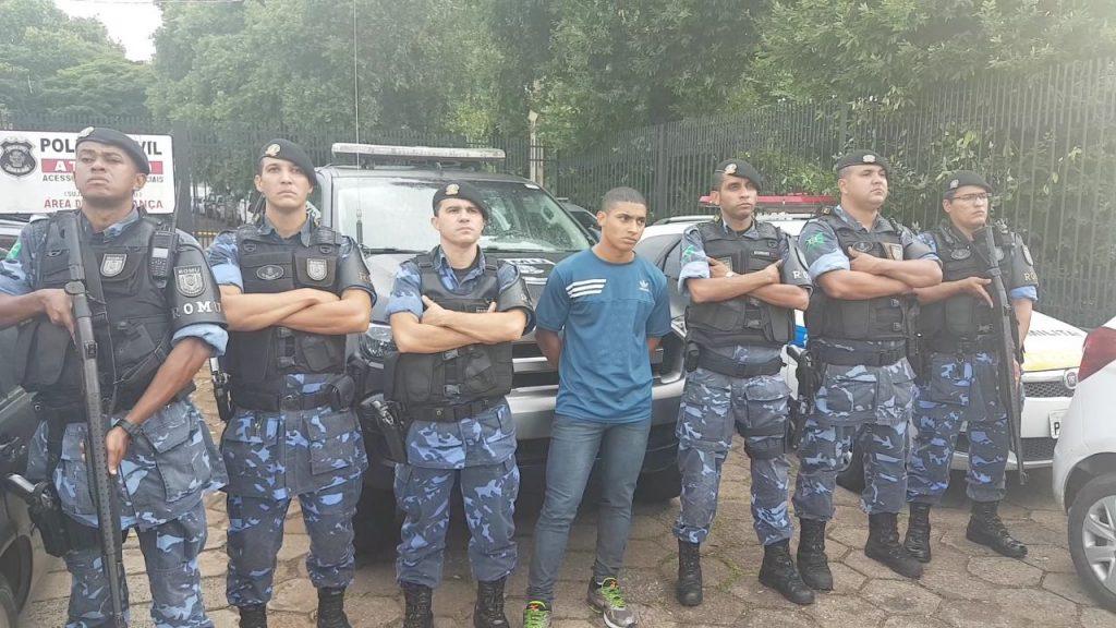 Homem suspeito de lançar rojão em jovem na Avenida Paranaíba é preso em Goiânia