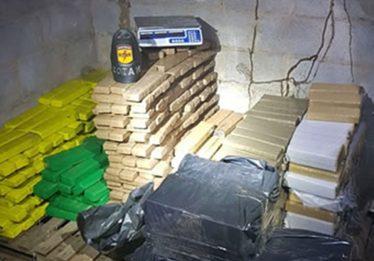 Em 24 horas, Operação da PM apreende 730 quilos de droga