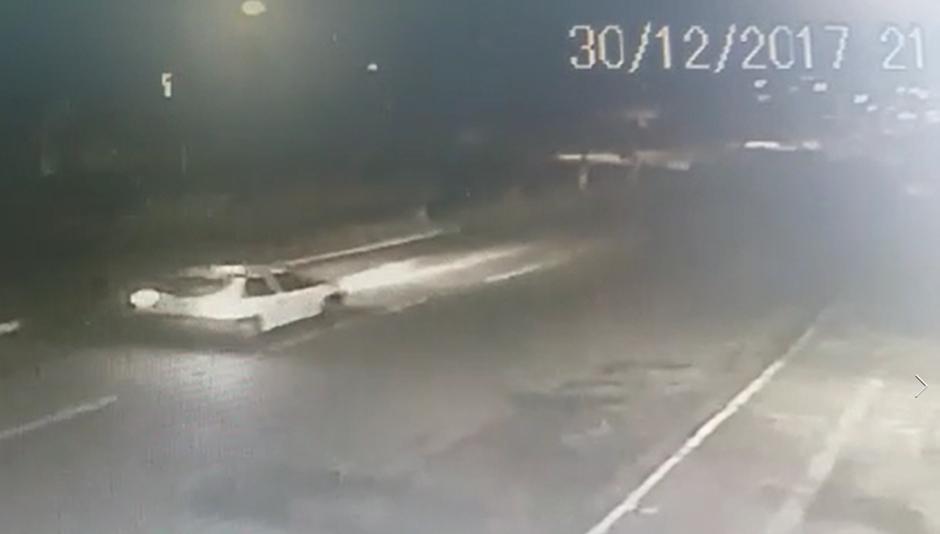 Polícia procura motorista envolvido em acidente que matou motociclista em Goiânia