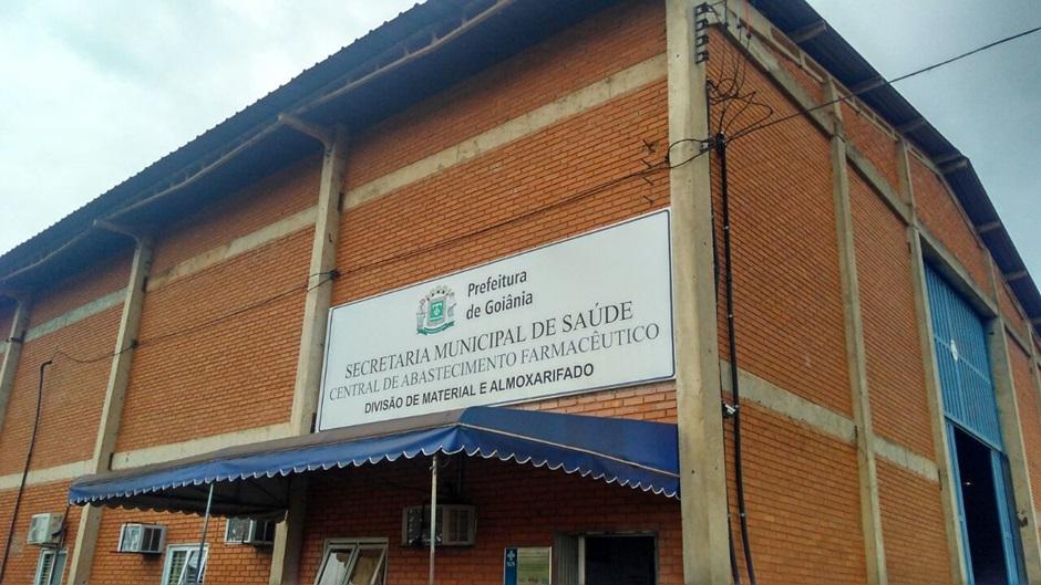 Promotora instaura inquérito para apurar paralisação de atendimento odontológico em Goiânia