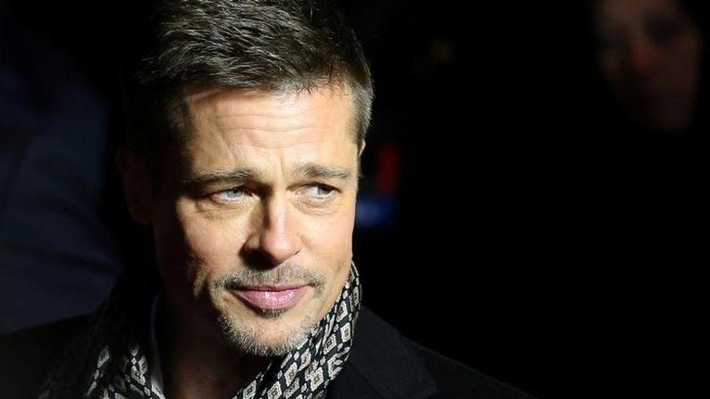 Brad Pitt se envolve em acidente de trânsito com três carros em Los Angeles