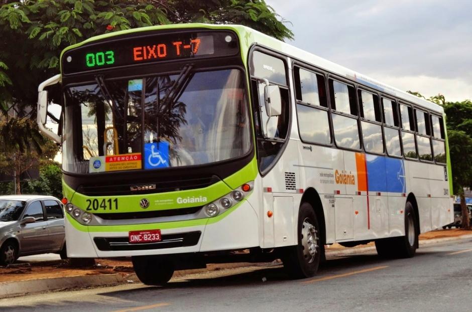 Vereadora propõe instalação de GPS em ônibus coletivo de Goiânia