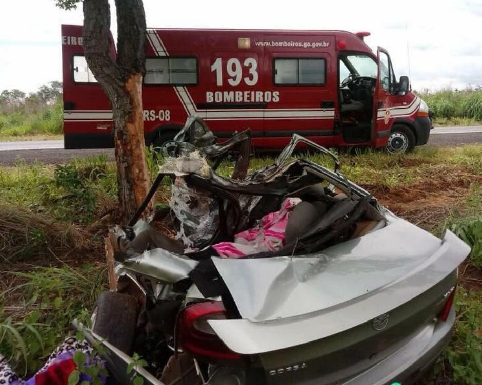 Acidente grave mata três pessoas da mesma família na BR 020, na divisa do estado