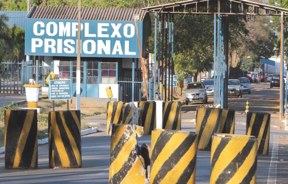 Estado não tem gerência, controle e administração em presídios de Goiás, diz juiz