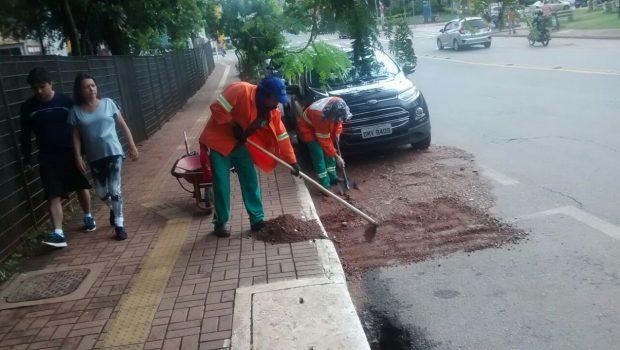 Cerca de 10 praças públicas ficam danificadas após forte chuva, em Goiânia