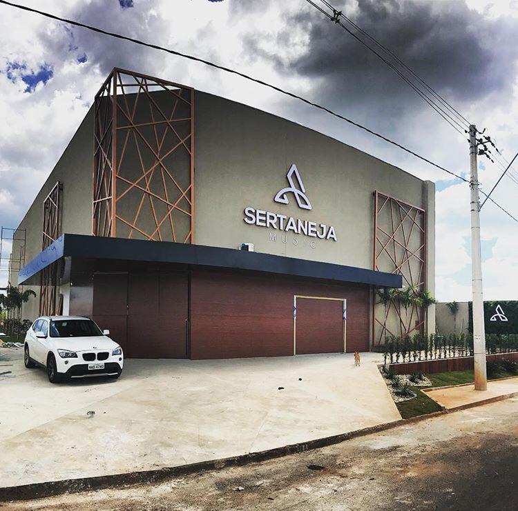 Justiça suspende inauguração de boate sertaneja em Goianésia