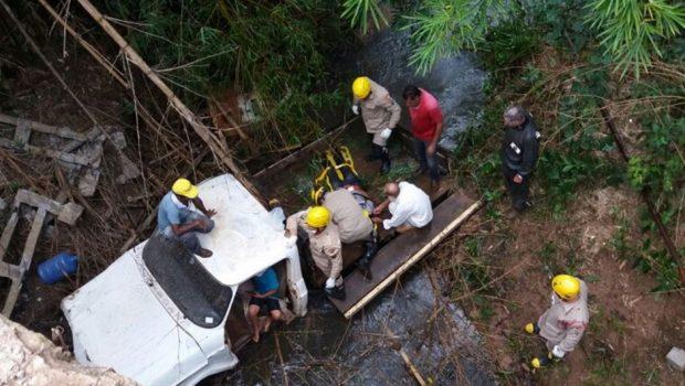 Criança de 6 anos salva avô de afogamento após acidente em Mineiros