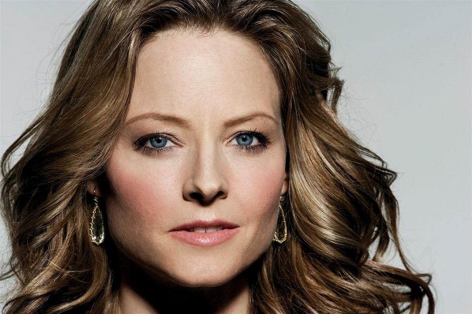 Jodie Foster declara que filmes de super-herói estão arruinando o cinema