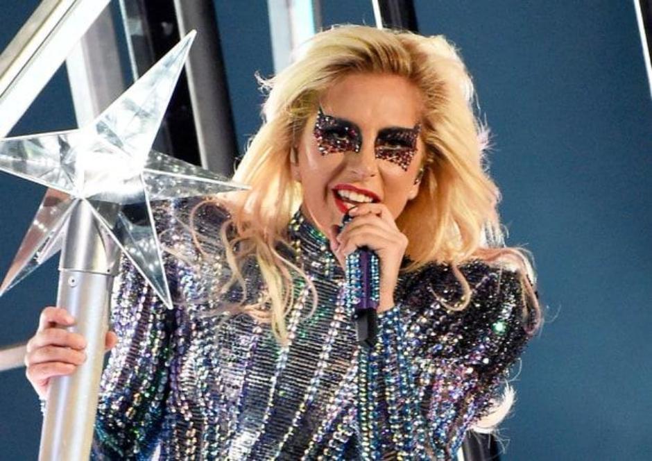 Produtor musical quer Lady Gaga na música oficial da Copa do Mundo 2018