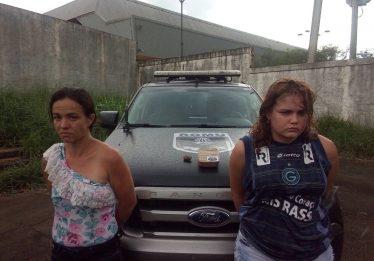 Mulheres são presas suspeitas de traficar drogas no interior do estado