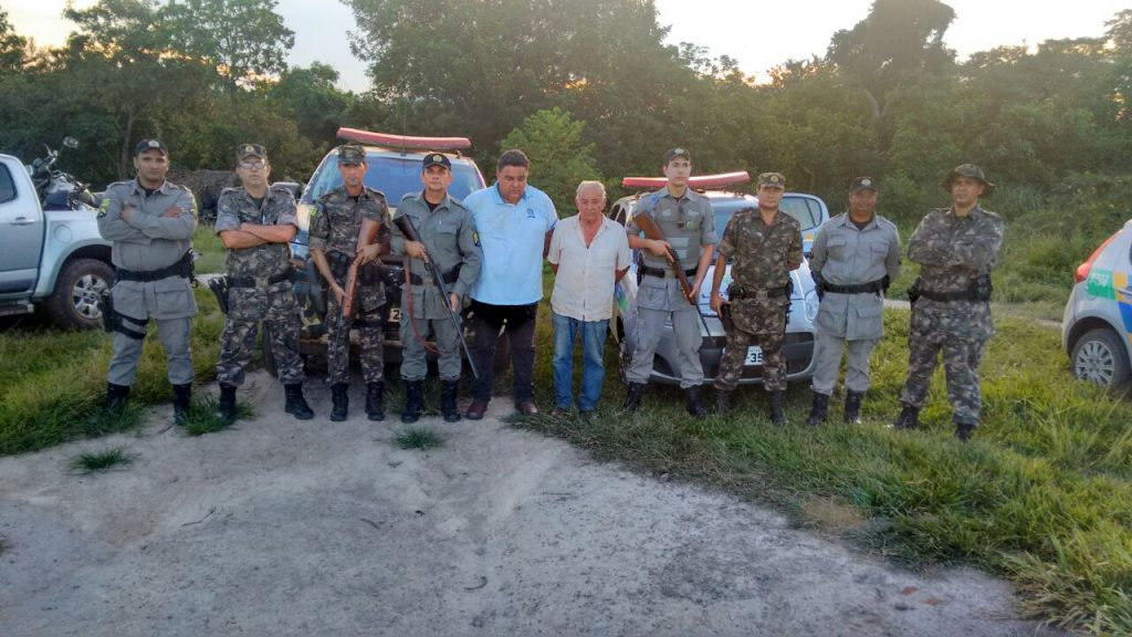 Pai e filho são presos por trabalho escravo em fazenda no município de Piranhas