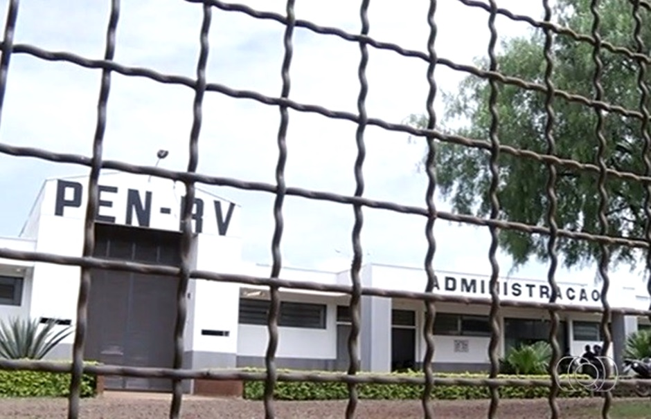 Dois morrem após fuga de 13 presos em Rio Verde