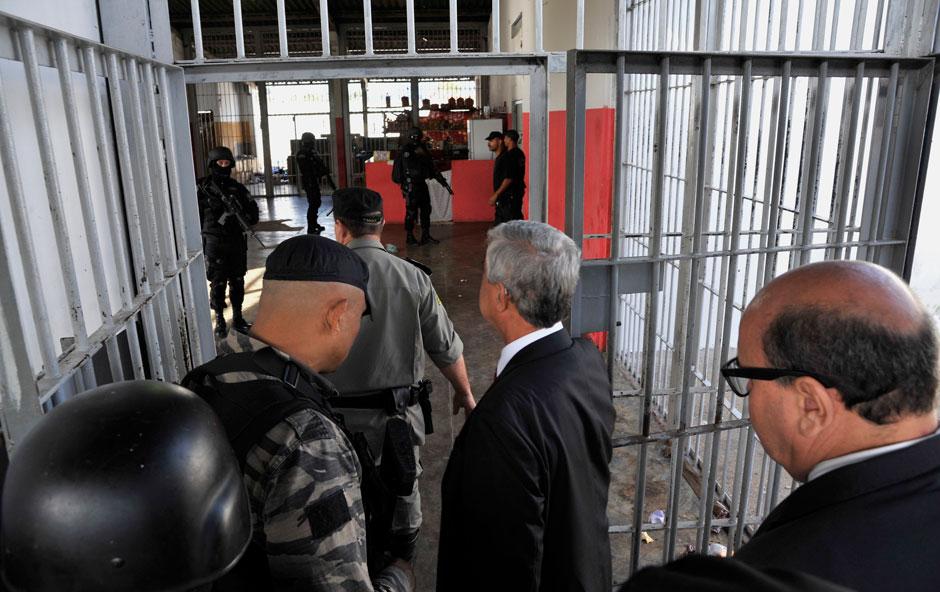 Juiz autoriza 486 presos do semiaberto a deixarem presídio durante a noite