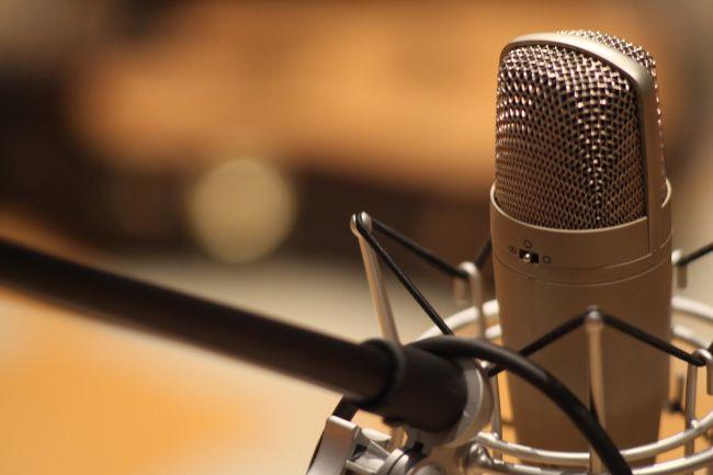 Governo vai reabrir prazo para emissoras de rádio AM pedirem migração para FM