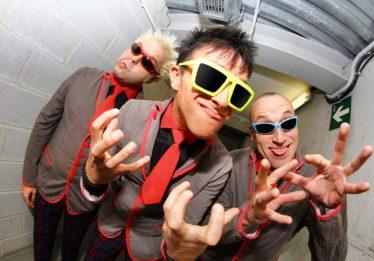 Banda punk Toy Dolls toca em Goiânia em agosto