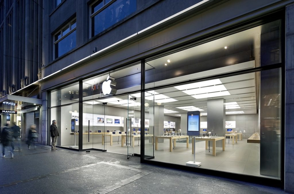 Apple planeja lançar três novos modelos de iPhone este ano