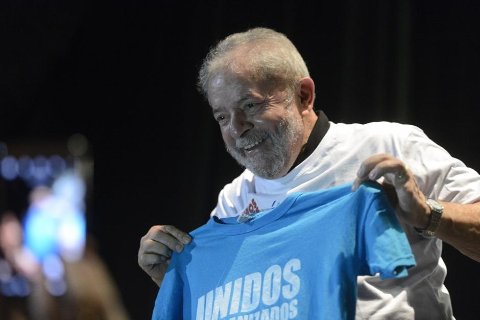 Eleitorado se divide sobre candidatura de Lula