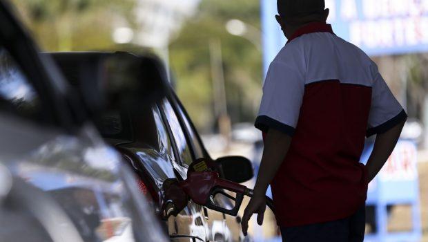 Fiscalização em postos de combustíveis aponta conformidade, diz ANP