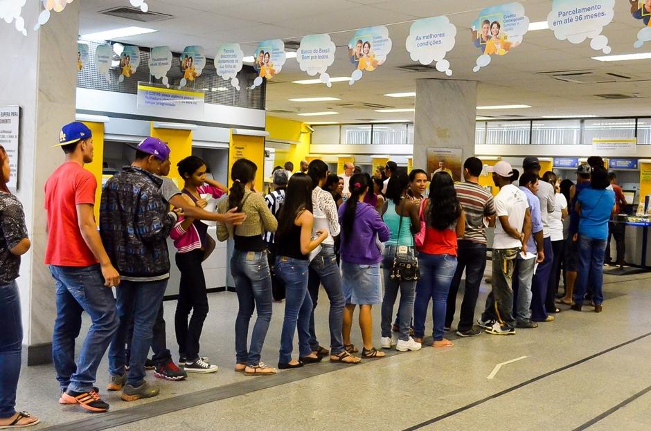Cresce 151% número de reclamações sobre espera de atendimento em agências bancárias em Goiás