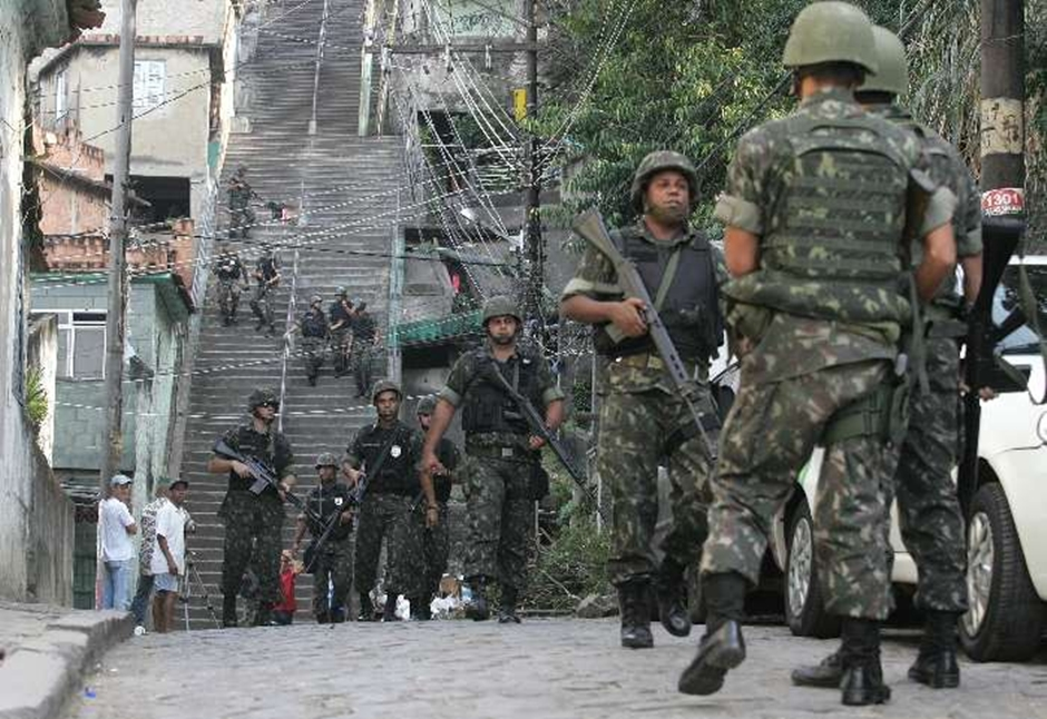 Câmara vota nesta segunda decreto da intervenção federal no Rio
