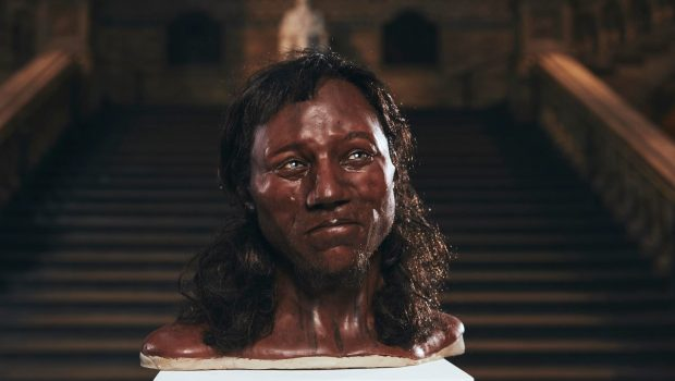 DNA revela que primeiros habitantes da Inglaterra eram negros de olhos claros