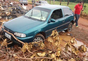 Polícia Militar localiza carro roubado de família de Taquaral
