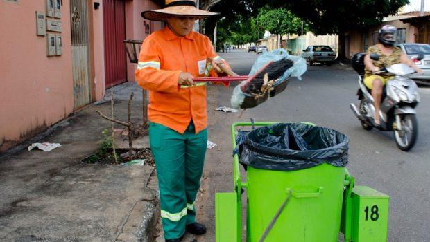 Comurg alerta para descarte correto de lixo durante Carnaval